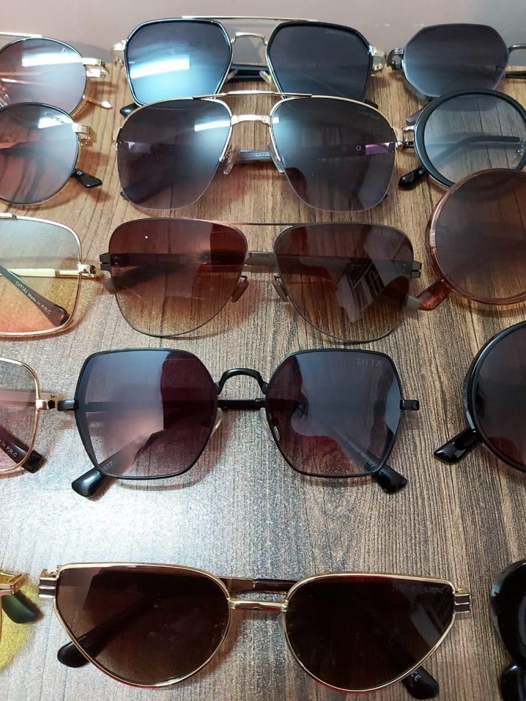 فروش تعداد محدود عینک